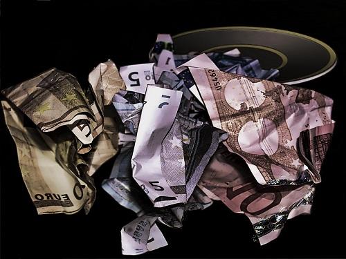 Wie ich in den letzten 10 Jahren 75.000 EUR verloren habe