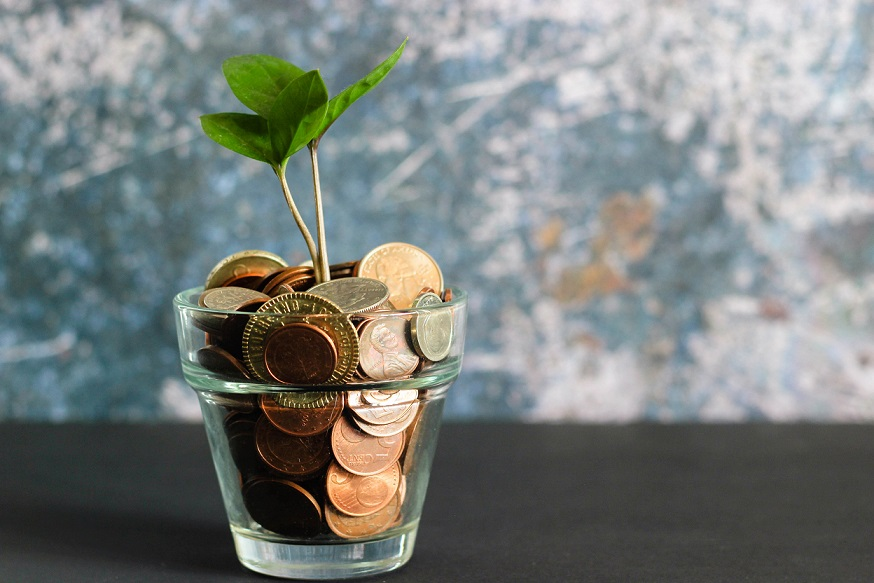 Die 10 besten und einfachsten Tipps zum Sparen